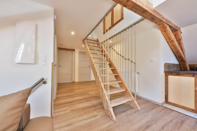 Les trois sommets - La Villa du Hohneck -2e étage - Escalier de Meunier
